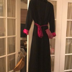 Jackets & Coats - French cut fine wool over coat duster. Silk trim